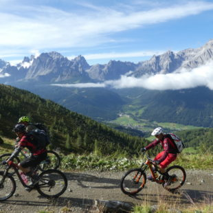 HAVE A BREAK - Biking and E-biking holiday in the Dolomites